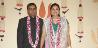 selvaragavan and wife